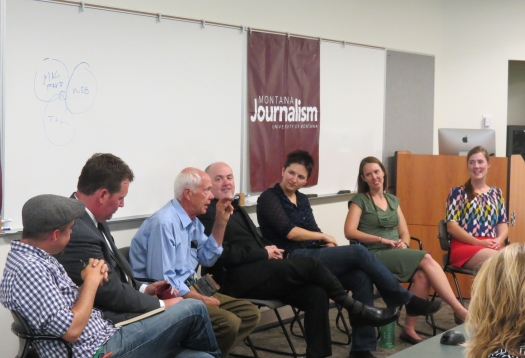 J-School alums discussing their experience with the audience.