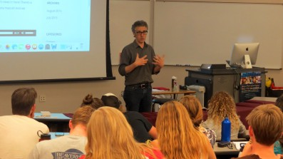 Ira Glass shares his broadcast experience with J-School students