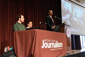 UM President Seth Bodnar joins UM J-School students in welcoming nearly 200 high school journalists to UM. Photo by Jamie Drysdale.
